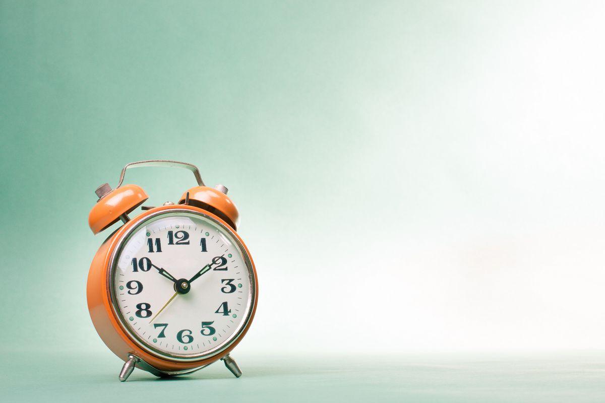 Đồng hồ làm nền cho đồng hồ đếm ngược có âm thanh
