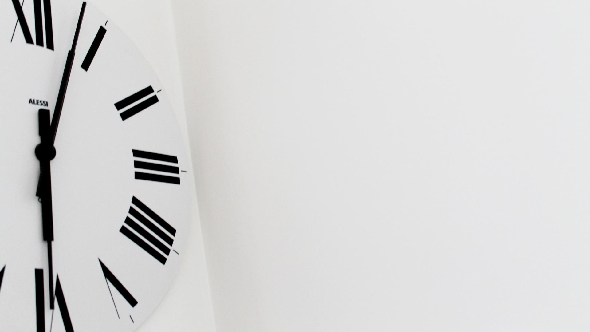 Đồng hồ làm nền cho đồng hồ đếm ngược